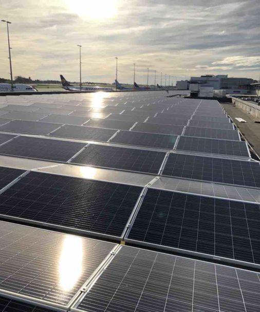 installation-photovoltaique-aeroport