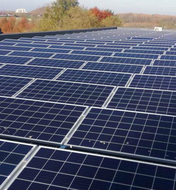 Expertise dans l'installation de centrale photovoltaïque pour entreprises